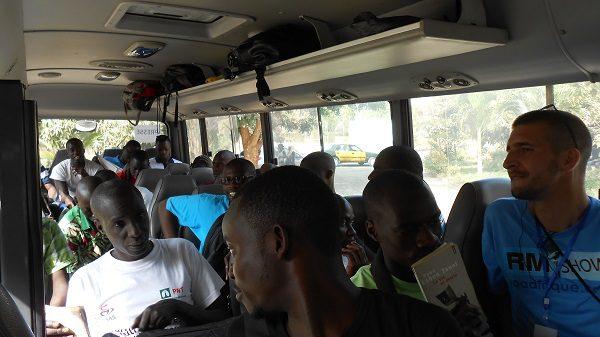 Cette photo des étudiants en route pour Ziguinchor a été prise par moi même